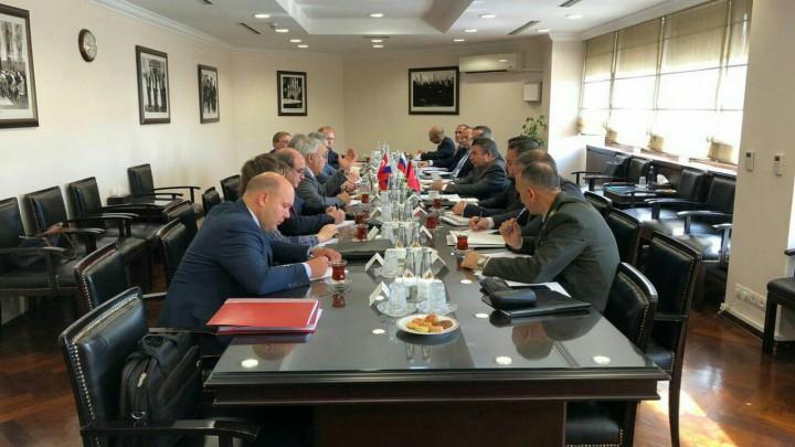 تركيا هددت روسيا حلب مقابل إدلب