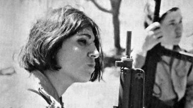 """صورة شاركت في عملية """"طائرة سابينا"""" وأطلقت النار على نتنياهو.. رحيل الفدائية الأردنية """"تيريز هلسة"""""""