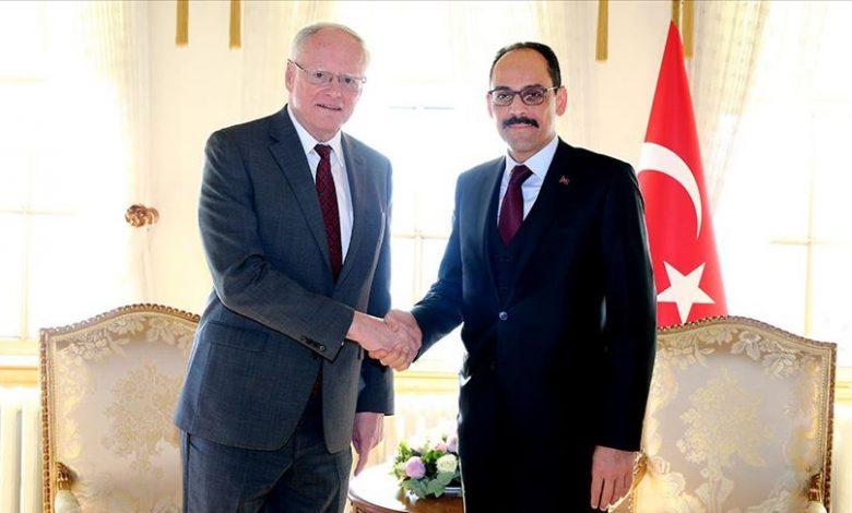 تركيا تدعو أمريكا لمساعدة السوريين