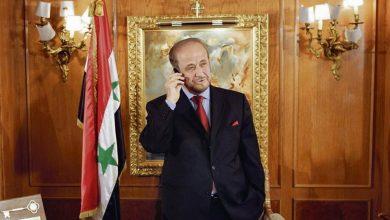 صورة رفعت الأسد رئيساً لسوريا.. ما القصة؟