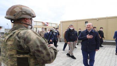 صورة لأول مرة منذ 2011 وزير تركي يدخل الأراضي السورية.. وتأكيدات على استمرار عمليات الجيش التركي في إدلب