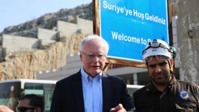"""صورة الخارجية الأمريكية: على إيران الخروج من سوريا.. و""""جيفري"""" يؤكد عدم السماح لنظام الأسد بالتقدم نحو إدلب"""