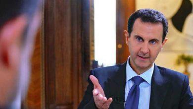 """صورة سفارات نظام الأسد """"تشحذ"""" من السوريين في أوروبا.. واحتجاجات مناهضة للنظام قرب القصر الجمهوري"""