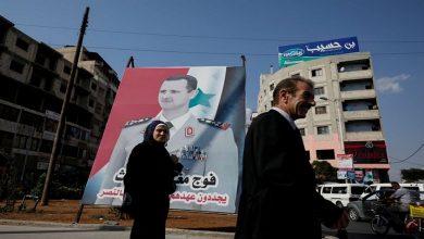 """صورة """"ديكتاتور في صورة المنقذ"""".. الأسد الابن يواصل نهجاً عائلياً لا يعرف الرحمة..!"""