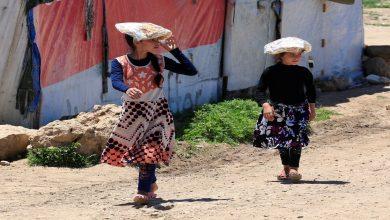 صورة وصول لاجئين سوريين إلى الصومال والسلطات المحلية تستقبلهم بحفاوة كبيرة.. ما قصتهم..؟