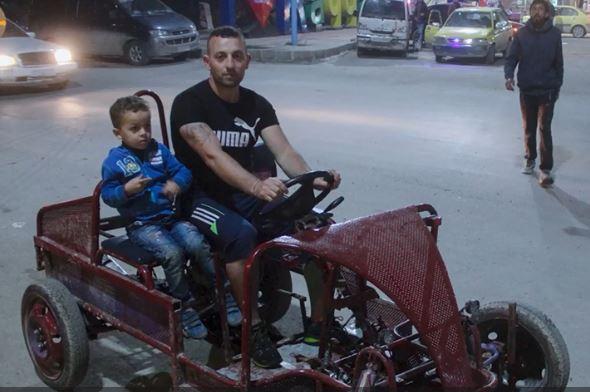 شاب سوري يصنع سيارته بنفسه