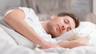 صورة لماذا تراودنا الأحلام أثناء النوم وما سبب نسيانها بعد الاستيقاظ.. إليكم ما يحدث في الدماغ لحظة الحلم!