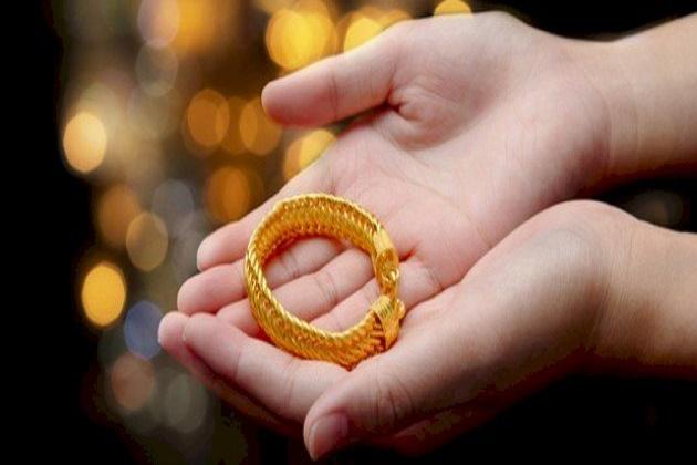 تمييز الذهب الأصلي من المغشوشتمييز الذهب الأصلي من المغشوش