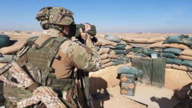 صورة روسيا تتفاخر بتدخلها في سوريا عبر تصوير فيلم سينمائي بين ريفي إدلب وحماة (فيديو)