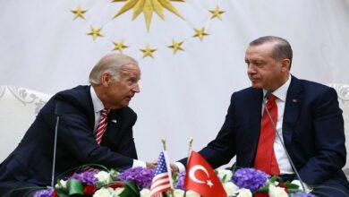 """صورة الأولى من نوعها في عهد """"بايدن"""".. مباحثات تركية أمريكية بشأن إدلب والملف السوري.. إليكم مضمونها"""