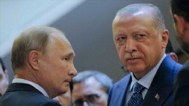 صورة رسائل متبادلة وبوادر خلافات روسية تركية قد تكتب نهاية اتفاق التهدئة في إدلب!