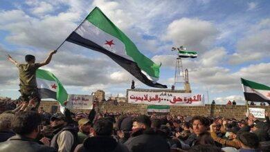 """صورة معارض سوري بارز يتحدث عن تحركات دولية لإزاحة """"الأسد"""" ويوجه نداءً عاجلاً للسوريين!"""