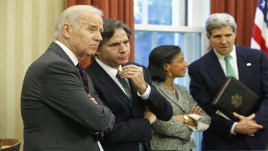 """صورة صحيفة أمريكية تنتقد إدارة بايدن وتتحدث عن عدم قدرة الولايات المتحدة على إزالة """"بشار الأسد"""""""