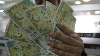 صورة الليرة السورية تصل لأدنى مستوى لها أمام الدولار خلال شهر أيار وارتفاع بأسعار الذهب في سوريا