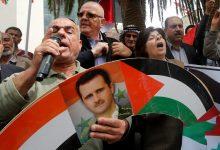 """صورة مسؤول تابع لنظام الأسد ينتقد """"حماس"""" ويزعم أن ردها على إسرائيل مجرد لعبة!"""
