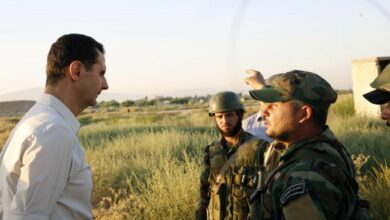 """صورة """"جوعانين ويعاملوننا كالأغنام"""".. رسالة موجهة من عناصر قوات النظام إلى بشار الأسد.. إليكم مضمونها"""