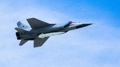 """صورة """"لأمر غير متوقـ.ـع"""".. خبير روسي يتحدث عن دلالات إرسال روسيا طائرات متطورة إلى قاعدة حميميم في سوريا"""
