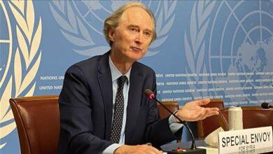 صورة المبعوث الأممي الخـ.ـاص إلى سوريا: 9 من كل 10 سوريين يعيشون في فـ.ـقـ.ـر!