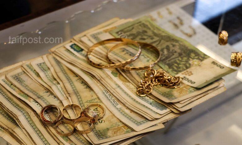 انخفاض في قيمة الليرة السورية مقابل الدولار