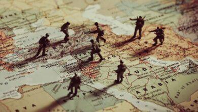 صورة صحيفة روسية تكشـ.ـف عن أهداف أمريكا القادمة في سوريا بعد الانسحاب من أفغانستان!