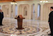 """صورة على الرغم من فشله.. """"عرنوس"""" يتابع مهامه رئيساً للوزراء في سوريا بتكليف من """"الأسد"""".. موالون يعلقون!"""