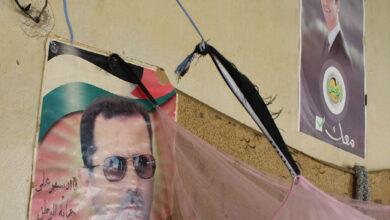 صورة احتجاجات شعبية غير مسبوقة في مصياف والقدموس ضد النظام السوري.. ما المطالب وكيف رد نظام الأسد؟