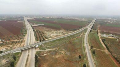 """صورة """"فتح الطريق الدولي إم 4"""".. مصادر مقربة من نظام الأسد تتحدث عن صفقة وعملية تسوية شاملة في إدلب!"""