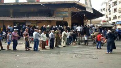 صورة فرض عمولة على بيع الخبز في دمشق ولجنة تحديد الأسعار تبرر!