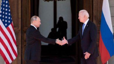 """صورة """"مناقشة تفاصيل الحل النهائي"""".. مصادر تكشـ.ـف عن مباحثات مفصلية بين روسيا وأمريكا بشأن سوريا"""