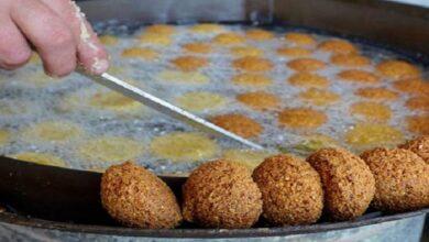 صورة قرص الفلافل بـ 90 ليرة.. تحديد أسعار المأكولات في المطاعم الشعبية وآلية جديدة لبيع الخضار والفواكه في دمشق!